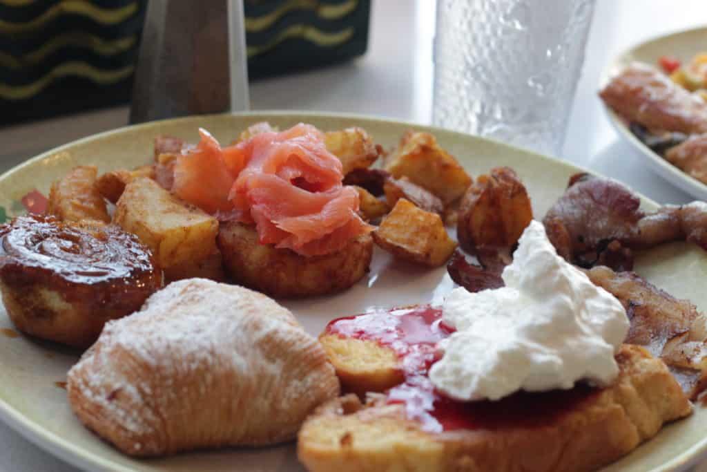 Breakfast at Cabanas